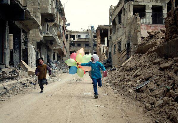 Những đứa trẻ trên đường phố Damascus - Sputnik Việt Nam