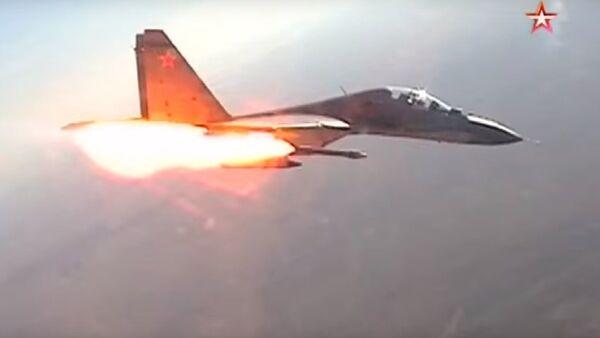 Trận đấu của các chiến đấu cơ trên bầu trời Kursk lọt vào video - Sputnik Việt Nam