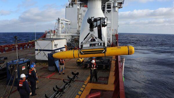 Tàu lặn không người lái Bluefin-21 của Hải quân Mỹ - Sputnik Việt Nam