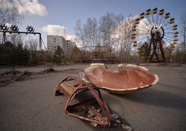 Thị trấn Pripyat bỏ hoang sau vụ tai nạn nhà máy điện hạt nhân Chernobyl - Sputnik Việt Nam