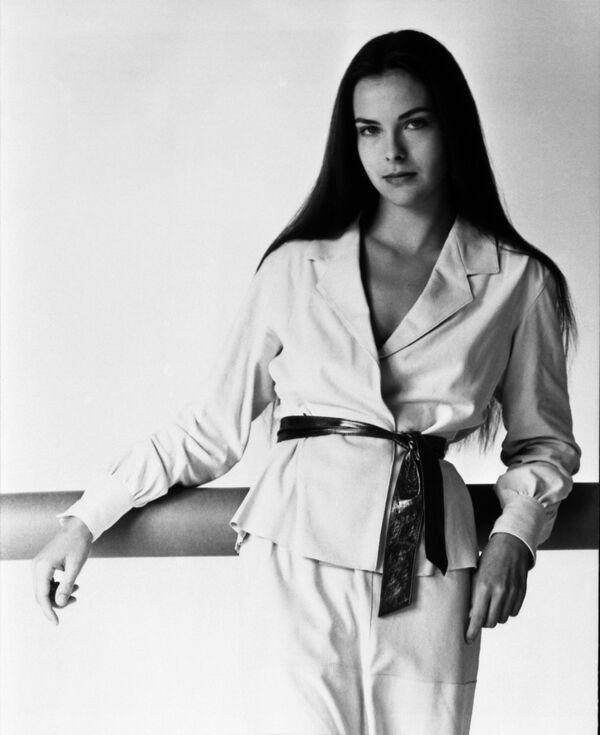 Nữ diễn viên Pháp Carole Bouquet - Sputnik Việt Nam