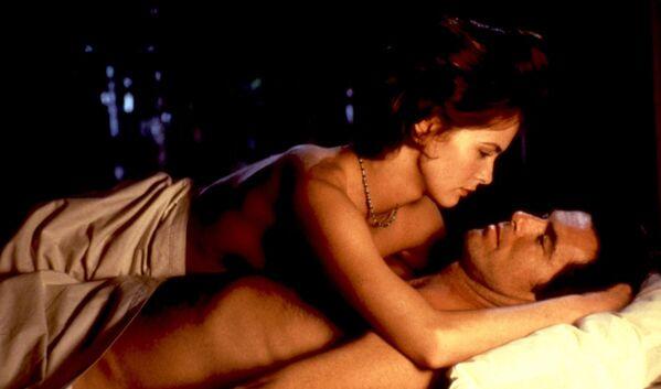 """Izabella Scorupco đóng vai người tình thứ ba của Bond, lập trình viên Natalya Simonova trong phim  """"Mắt vàng"""" (""""Golden eye"""") (1995). - Sputnik Việt Nam"""