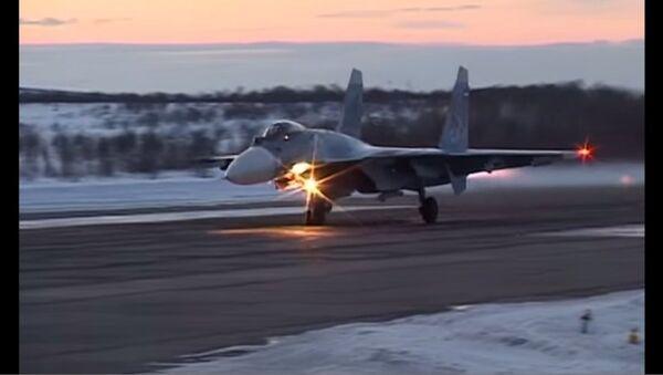 Su-33 bay ban đêm - Sputnik Việt Nam