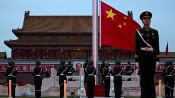 Lính cảnh giới Trung Quốc trên quảng trường Thiên An Môn - Sputnik Việt Nam