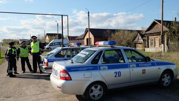 Cảnh sát ở làng Ivashevka - Sputnik Việt Nam
