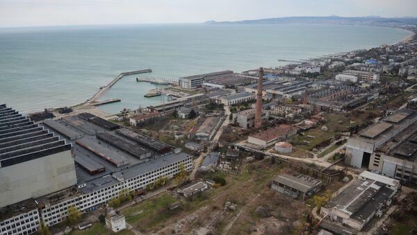 Nhà máy đóng tàu Biển Khơi gần Feodosia - Sputnik Việt Nam