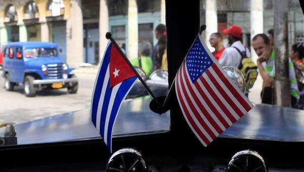 Quốc kỳ Hoa Kỳ Và Cuba - Sputnik Việt Nam