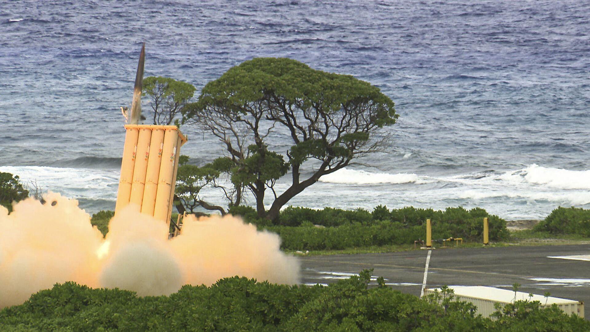 Việc triển khai tên lửa Mỹ trên chuỗi đảo thứ nhất sẽ gây ra hậu quả nghiêm trọng cho khu vực - Sputnik Việt Nam, 1920, 12.03.2021