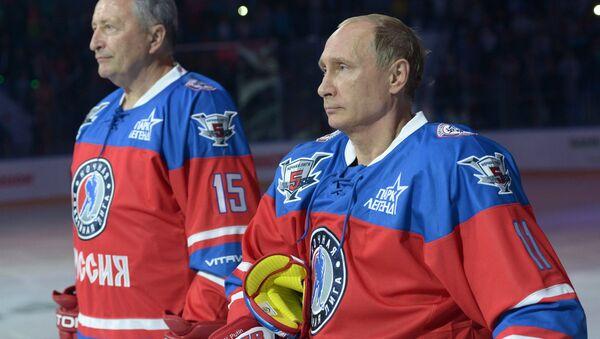 Tổng thống Nga Vladimir Putin đã tham gia Đêm Hockey League - Sputnik Việt Nam