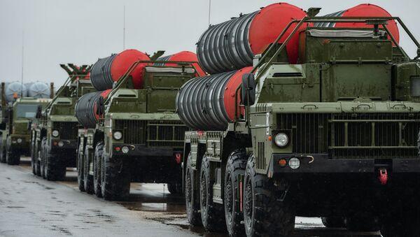 """Khối tên lửa phòng không S-400 """"Triumph"""" - Sputnik Việt Nam"""