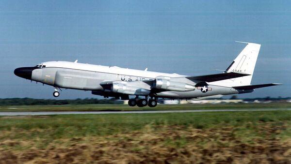 Máy bay trinh sát  RC-135 - Sputnik Việt Nam