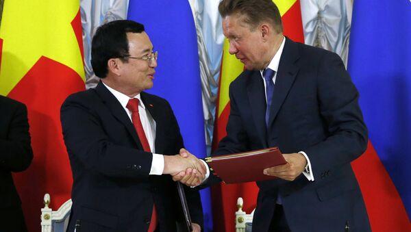 Petrovietnam ký thỏa thuận hợp tác với Gazprom - Sputnik Việt Nam