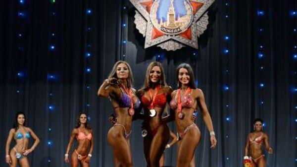 """Các nữ vận động viên thể loại Fitness bikini tại giải vô địch thể hình mở Cúp Chiến thắng"""" - Sputnik Việt Nam"""