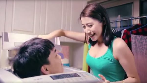 Реклама китайского моющего средства Qiaobi - Sputnik Việt Nam