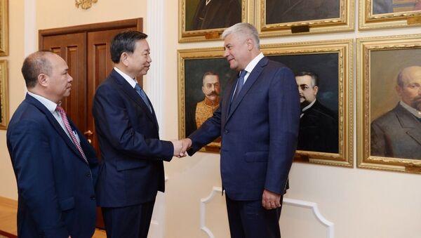 Người đứng đầu Bộ Nội vụ Nga, ông Vladimir Kolokoltsev đã gặp nhà lãnh đạo Bộ Công an của nước CHXHCN Việt Nam, Bộ trưởng Tô Lâm - Sputnik Việt Nam
