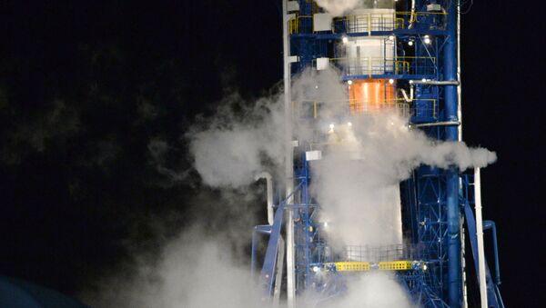 Tên lửa đẩy Soyuz với vệ tinh định vị Glonass-M - Sputnik Việt Nam