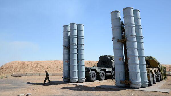 Tổ hợp tên lửa phòng không S-300 - Sputnik Việt Nam