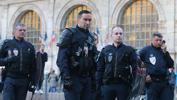 Cảnh sát Pháp tại Lille - Sputnik Việt Nam