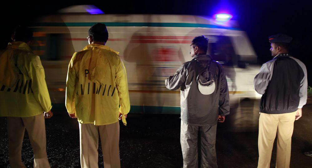 Cảnh sát và cấp cứu ở Ấn Độ