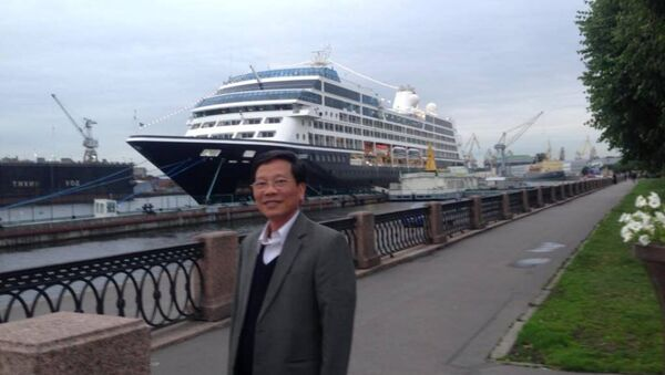 Ông Phan Huy Sang ở St. Petersburg - Sputnik Việt Nam