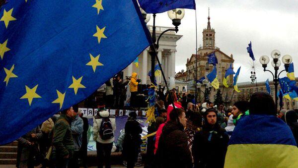 Châu Âu phải gia tăng áp lực với Kiev để khỏi bị mất mặt - Sputnik Việt Nam