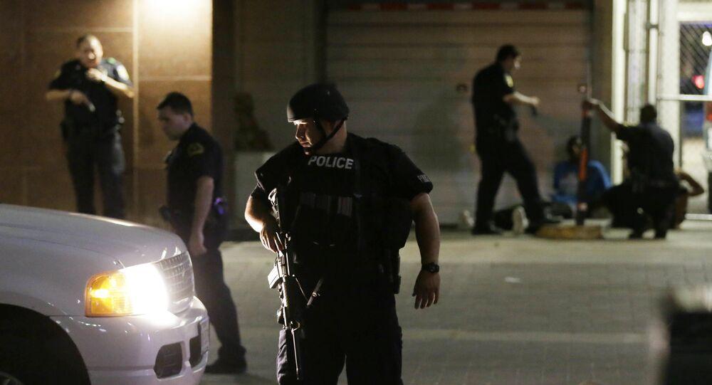 Bạo loạn tại Hoa Kỳ: 4 cảnh sát đã bị giết chết, 11 người bị thương