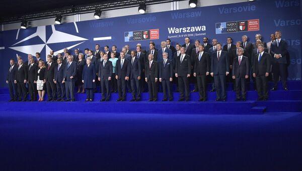 Hội nghị thượng đỉnh NATO  ở Warsawa - Sputnik Việt Nam
