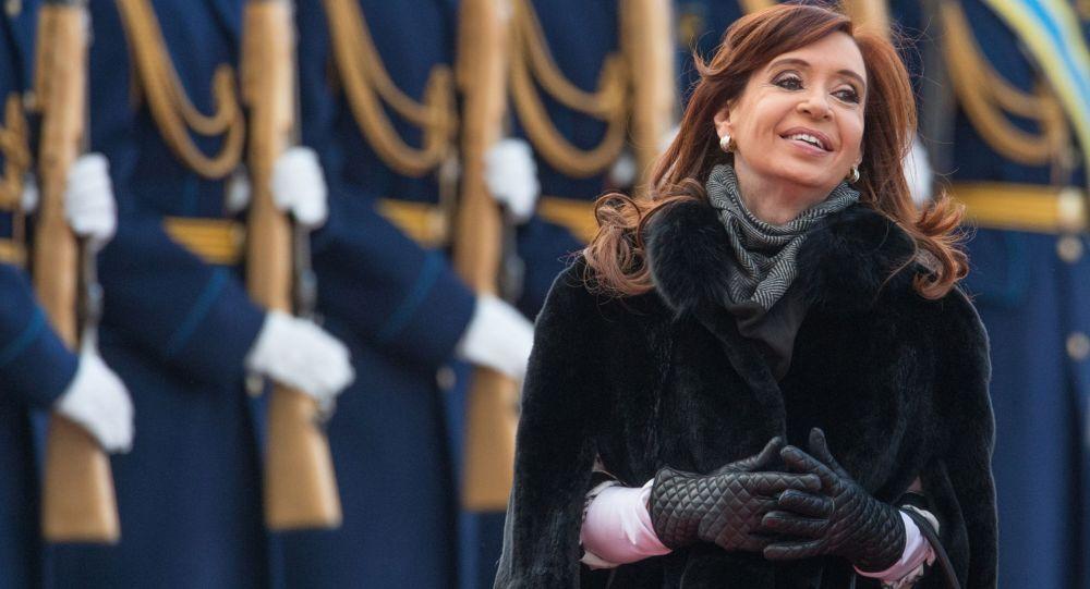 Chuyến bay của Tổng thống Argentina Cristina Fernandez de Kirchner đến Matxcơva