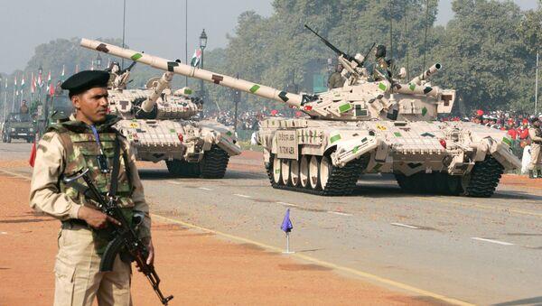 xe tăng T-72 ở Ấn Độ - Sputnik Việt Nam
