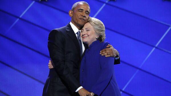 Tổng thống Mỹ Barack Obama và ứng cử viên tổng thống đảng Dân chủ Hillary Clinton - Sputnik Việt Nam