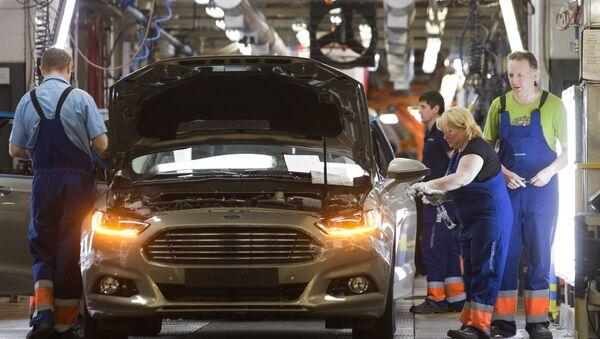 Ford đã khai trương dây chuyền sản xuất 4 mẫu xe hơi tại LB Nga - Sputnik Việt Nam