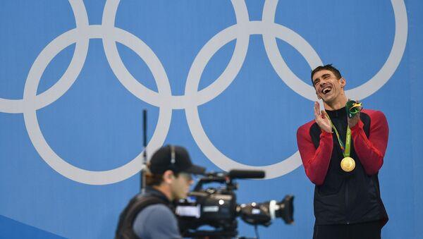 Kình ngư Michael Phelps giành huy chương vàng nội dung bơi bướm 200 m nam tại Thế vận hội mùa hè XXXI - Sputnik Việt Nam