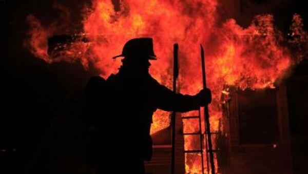 Nhân viên cứu hỏa chữa cháy ở Baltimore - Sputnik Việt Nam