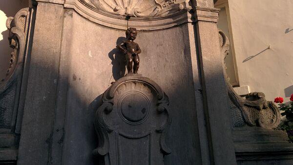 Bức tượng Chú bé tè tại Brussels - Sputnik Việt Nam