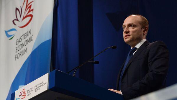 Bộ trưởng Bộ Phát triển vùng Viễn Đông, ông Alexander Galushka - Sputnik Việt Nam