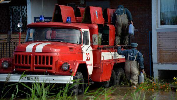 MChS cứu ngườ ở vùng Primorye - Sputnik Việt Nam