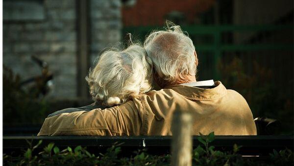 Hai vợ chồng cao tuổi - Sputnik Việt Nam