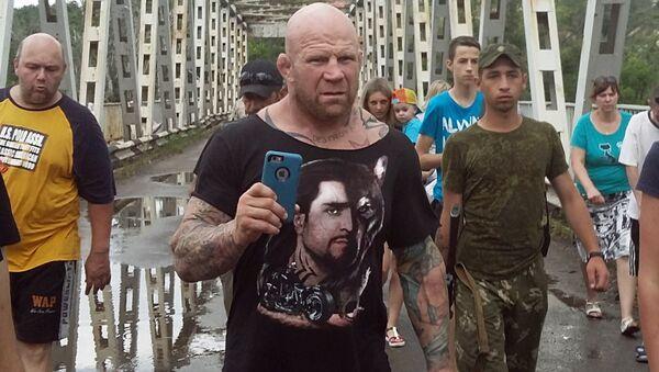 Đảng viên Cộng sản Monson cần hộ chiếu Lugansk để làm gì? - Sputnik Việt Nam