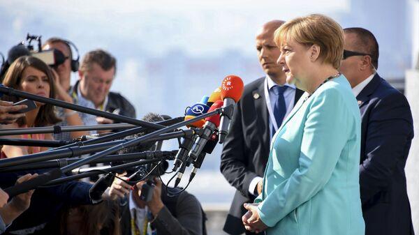 Thủ tướng Đức Angela Merkel tại hội nghị thượng đỉnh EU ở Bratislava - Sputnik Việt Nam