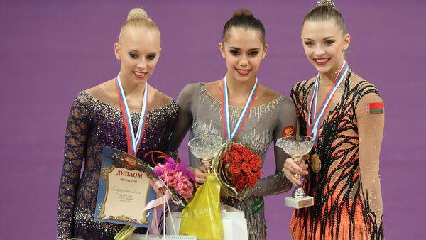 Yana Kudryavtseva (Nga), Margarita Mamun (Nga), Melitina Stanyuta (Belarus). - Sputnik Việt Nam