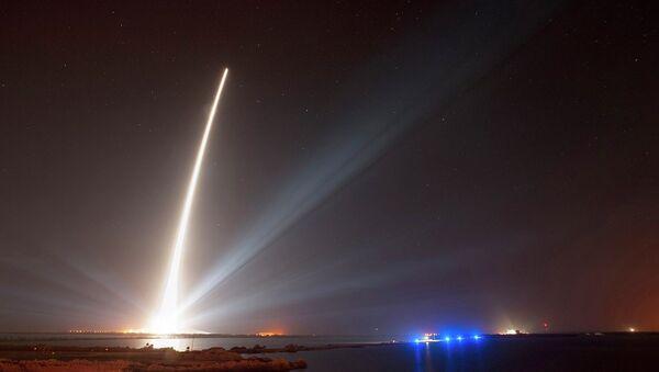 Hoa Kỳ tăng cường nỗ lực để đối phó với Nga và Trung Quốc trong không gian vũ trụ - Sputnik Việt Nam