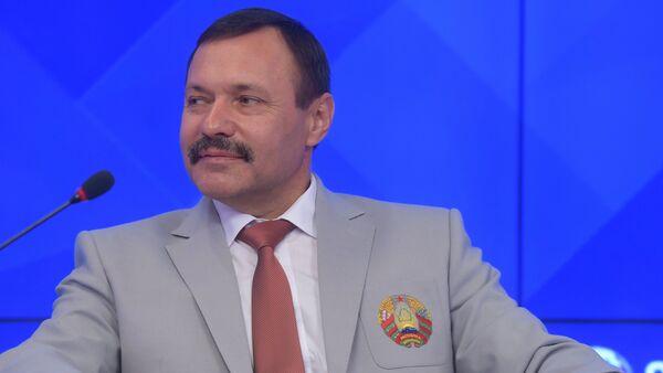 Ông Andrey Fomochkin, lãnh đạo Trung tâm đào tạo điền kinh Olympic Belarus - Sputnik Việt Nam