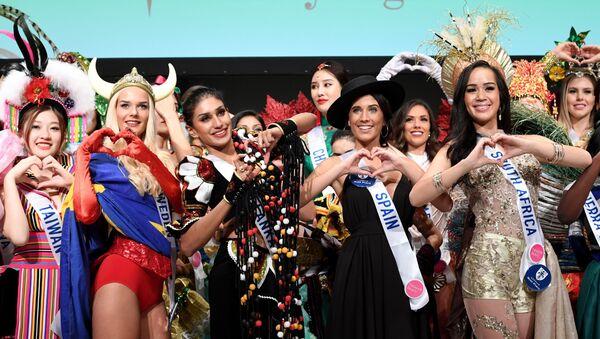 Các thí sinh tham dự cuộc thi Miss International Beauty Pageant ở Tokyo - Sputnik Việt Nam