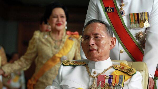 Nhà vua Thái Lan Bhumibol Adulyadej - Sputnik Việt Nam