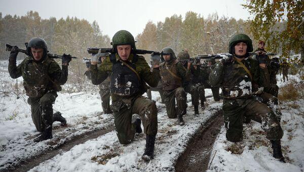 Quân nhân Cận vệ Quốc gia Nga sát hạch trình độ chuyên môn - Sputnik Việt Nam
