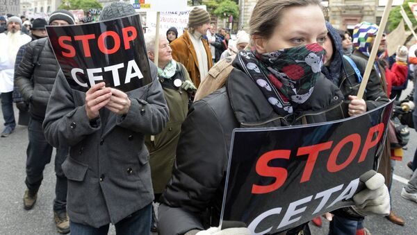 Dân Ba Lan  chống hiệp định thương mại với  Canada - Sputnik Việt Nam