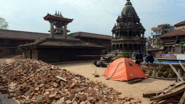 Sự tàn phá của động đất ở ngoại ô Kathmandu - Sputnik Việt Nam
