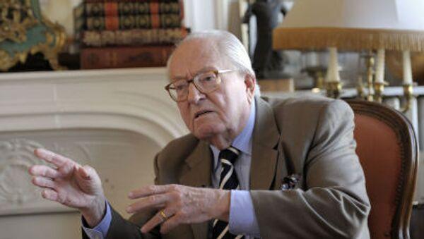 Người sáng lập đảng cực hữu Mặt trận quốc gia Pháp, ông Jean-Marie Le Pen - Sputnik Việt Nam