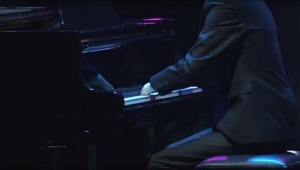 Nghệ sĩ piano Alexei Romanov - Sputnik Việt Nam