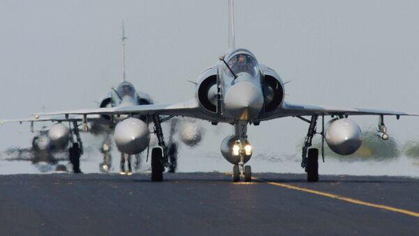 Самолеты Рафаль ВВС Франции - Sputnik Việt Nam